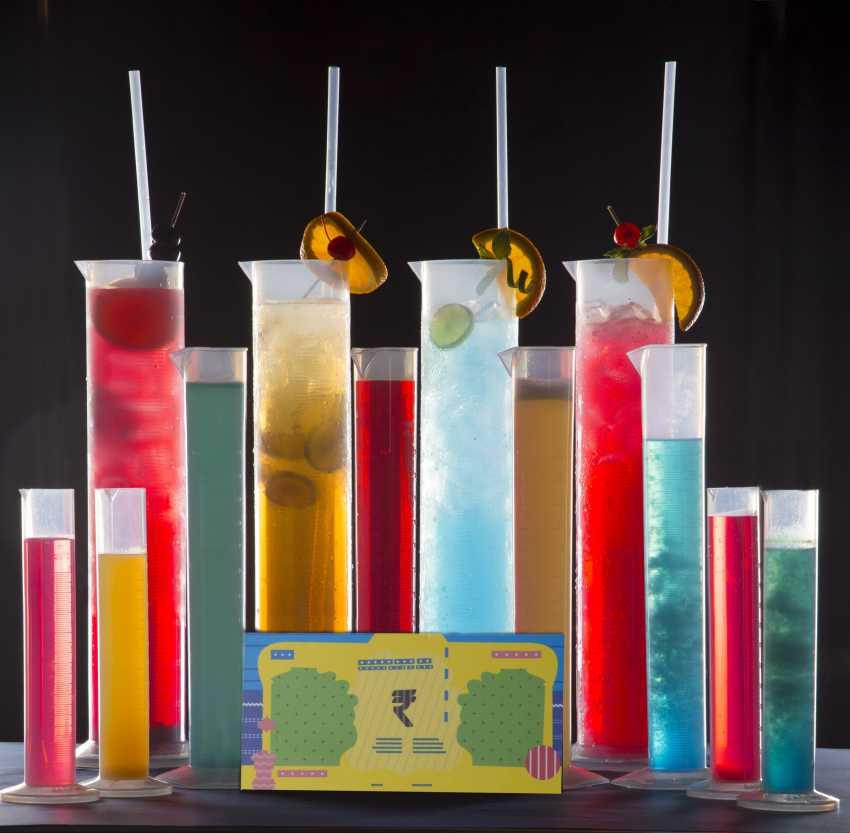 Cocktails at BAR BAR (2)