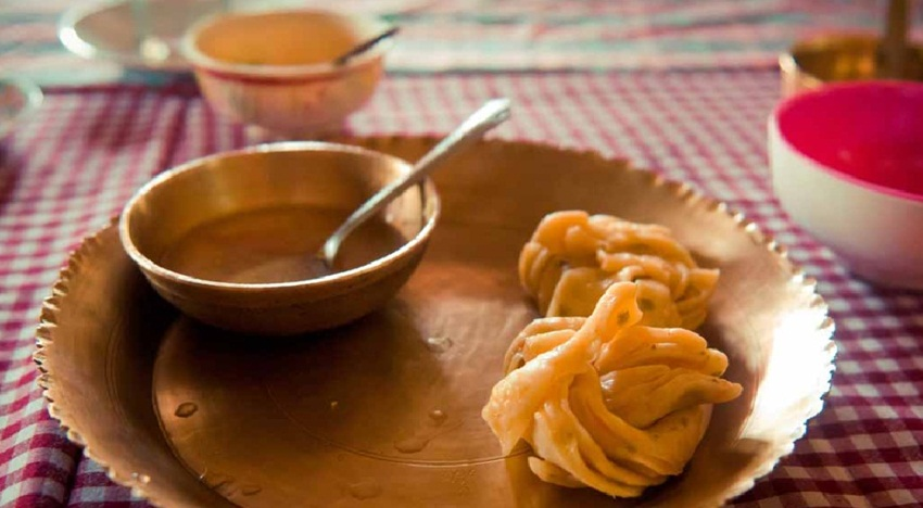 Learn to make momos in Sikkim