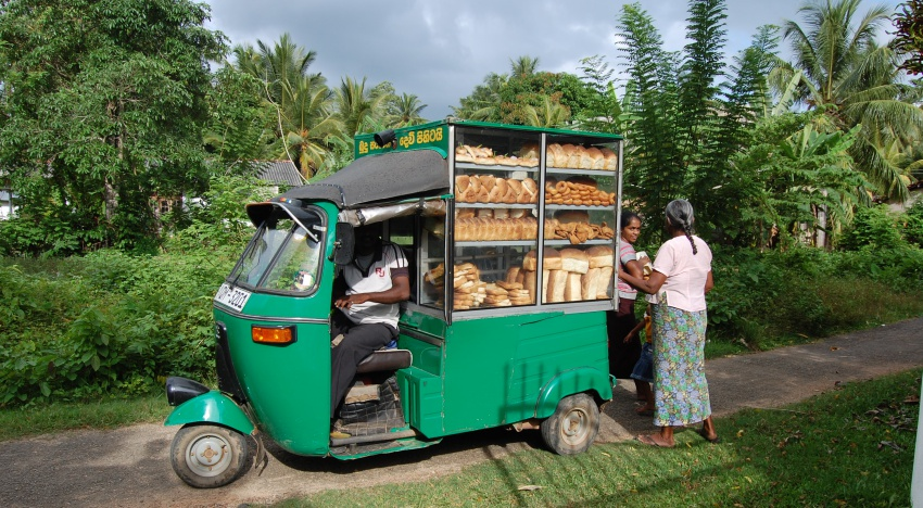 Sri Lanka's bread vans: Bearers of short eats and happiness