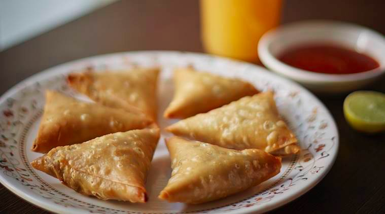 -mutton-kheema-samosas
