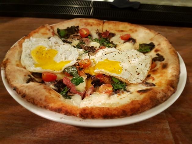 Breakfast Pizza- Farmer & Sons