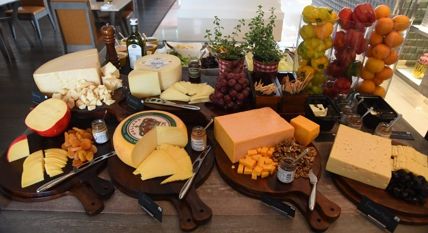 A cheese brunch in Mumbai and wine-paired set menu inDelhi
