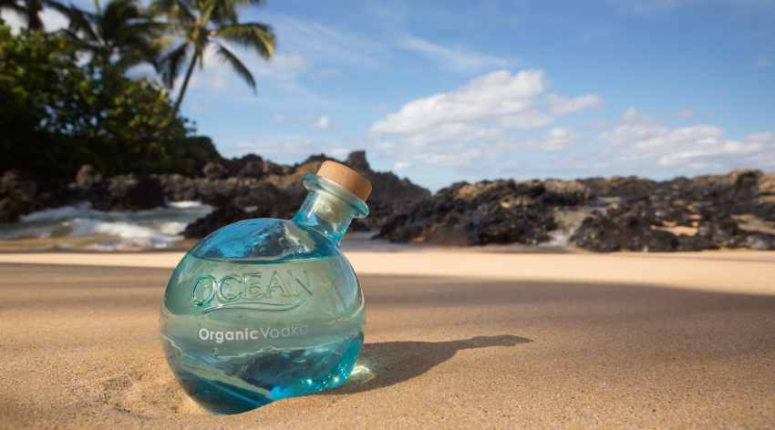 OCEAN Bottle Credit Jessica Pearl5