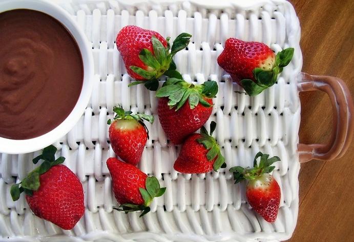 dark chocolate dessert hummus, Jackie Newgent Flickr