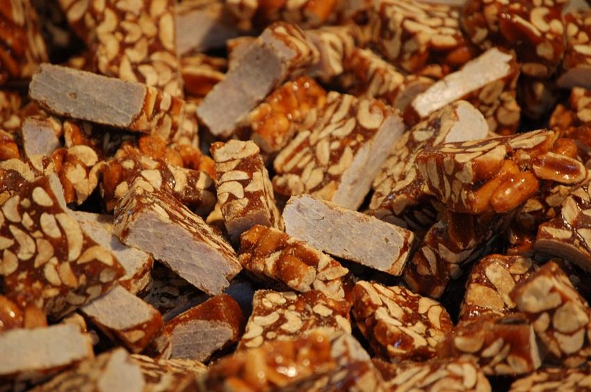 peanuts 2 - markdrasutis - flickr