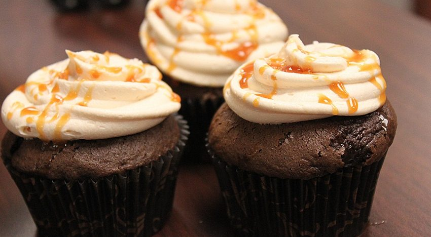 Kids special: Learn to make cupcakes, pizzas and get treats for asteal