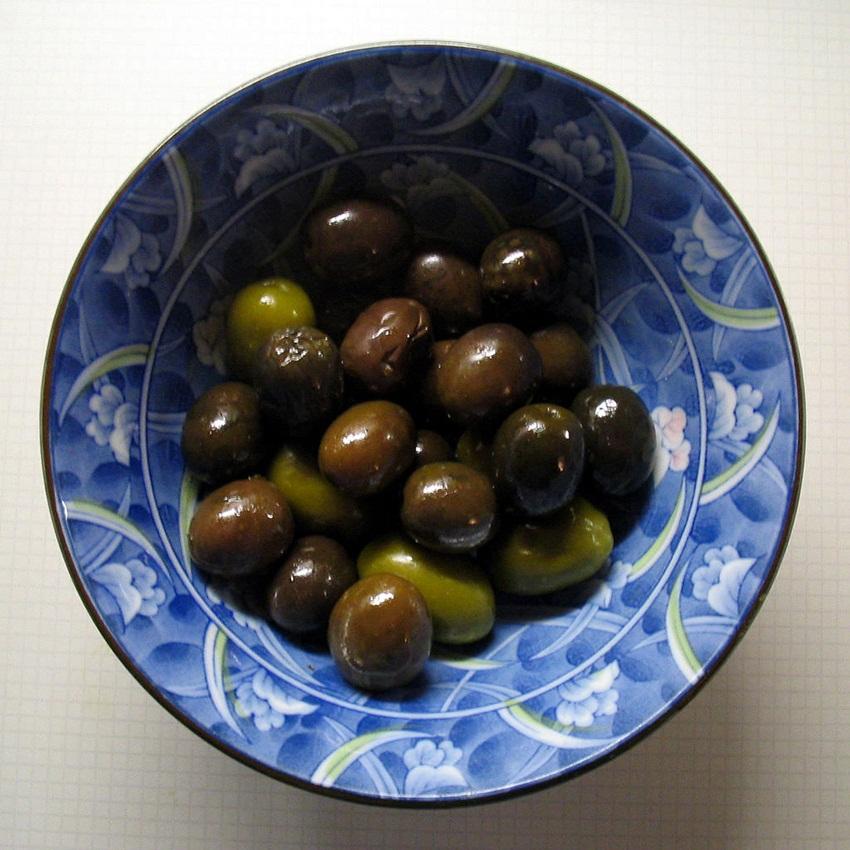 olives - paul downey - flickr