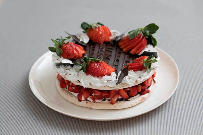 Chocolate Strawberry Meringue