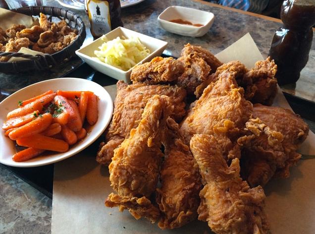Fried chicken - LWYang, Flickr