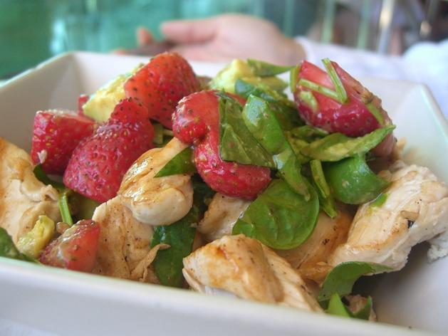 chicken salad with strawberry_23rd Dec