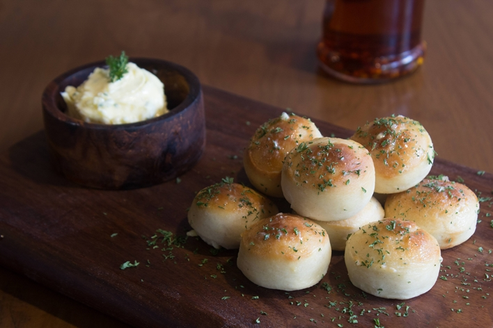 Appetizer_Dough Balls with Garlic Butter
