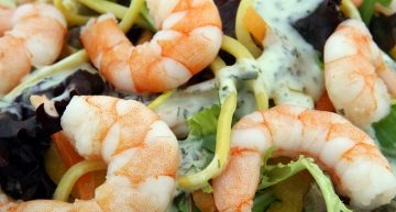 Recipe: Lemon prawns with spinach