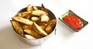 Recipe: Baked cheese garlic potato wedges